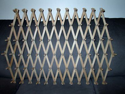 VTG Wood Expanding Display Organizer Wall Rack 75 Pegs 7' long Crafts Jewelry