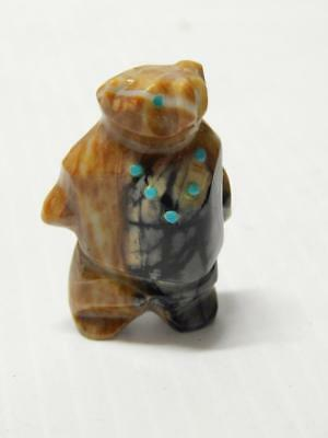 Finely Carved Zuni Indian Standing Bear Stone Fetish  Turquoise Necklace