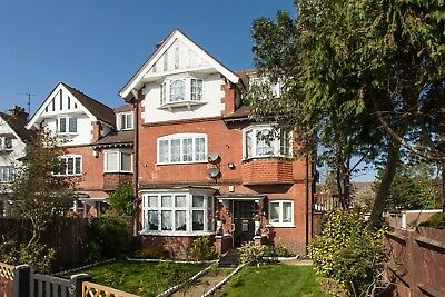 London Home Property( Competition) * £5