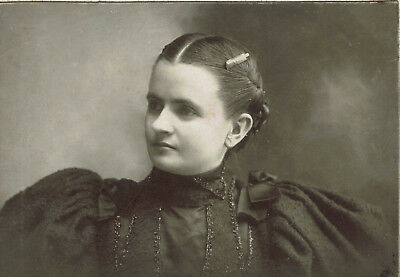 Antique Cabinet Card Photo, Young Woman, Victorian Fashion Fancy Puffy Shoulders