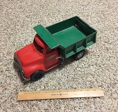 Tonka Toys Mound Metalcraft Inc Red Green Dump Truck Vintage 1950's 1960's