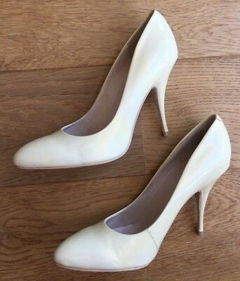 Near New Wittner 'Cheetah' Patent Leather Pumps / Heels / Shoes- Size 37 ❤️