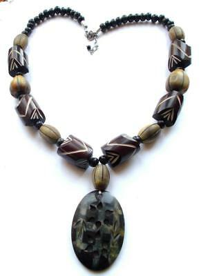 VINTAGE 1970's CARVED LAMINATED BROWN WOOD WOODEN STATEMENT BEADS NECKLACE