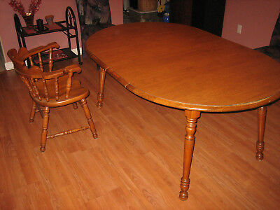 Tell City Dining Set Andover Maple #48 Round Table/Leaves 8563 And 4 Chairs