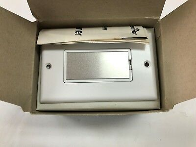 Leviton 6606W Touch Dimmer White Frame Silver Touch Plate 600W 120V New