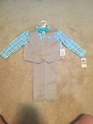 Nautica Boys 4 Piece Set Size 3T