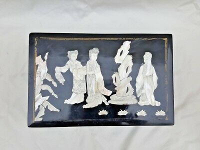 A Fine & Rare Old Chinese Lacquered And Mother Of Pearl Box