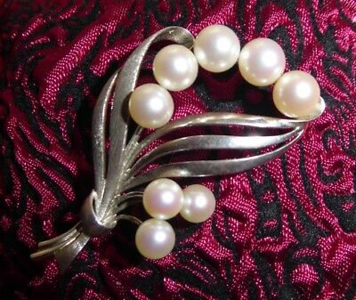 925 Sterling Silver vintage brooch leaf design white pearls Mikimoto M and S RAR