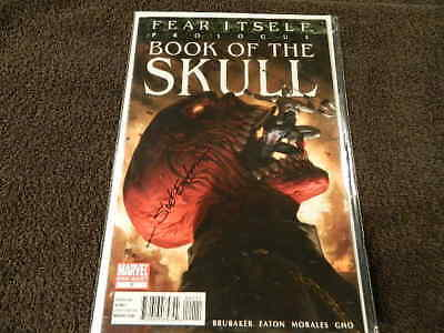 2011 MARVEL Comics FEAR ITSELF - BOOK Of The SKULL Signed by SCOT EATON - 15/100