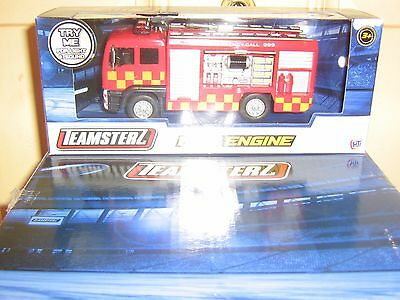 By Teamsterz - Light And Sound Fire Engine - Die-Cast And Plastic Toy -  3+