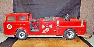 Vintage 1960's Buddy L Corp Texaco Fire Chief Fire Truck Pressed Steel (F37)