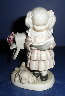 Enesco Pretty As A Picture #296015 Signed, Sealed & Delivered- New-RETIRED