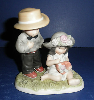 Enesco Pretty As A Picture #846511 Our Friendship is Full....- New-RETIRED
