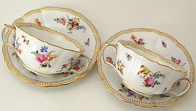 Stunning Fine  4 Pc Meissen Hand Painted  Floral Two Handles Cups & Saucers