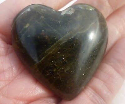 47.5 Gram Polished GREEN APATITE Gemstone Gemstone HEART