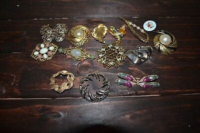 Vintage Jewelry Lot of 14 Mixed Brooches Pins-Various Styles