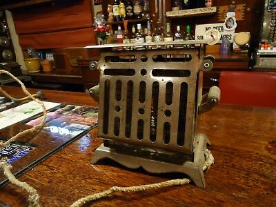 Dominion Toaster -Antique- Made in Minneapolis, USA - Vintage - Untested