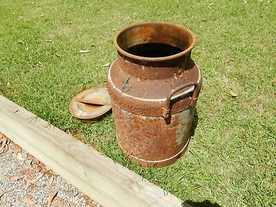VINTAGE Metal milk can ( Heavy Duty ) & Removable Lid - Weathered & Rusty No 26