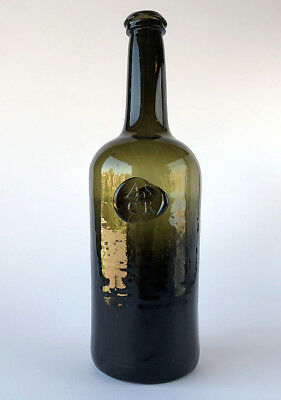 Rare A.S.C.R. black glass WINE BOTTLE of seal 12 (italic seal) type, 1789