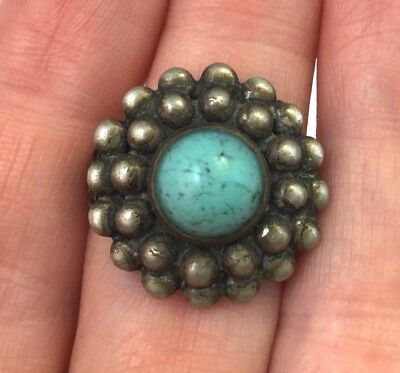 Vintage Ring South Western Look Faux Turquoise Glass Cabochon Ornate Metal