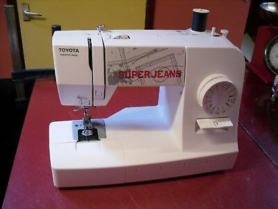Toyota Super Jeans J15 WE sewing machine