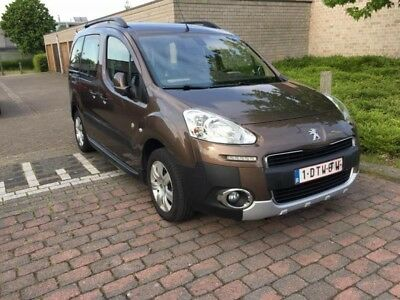 Peugeot Partner 1.6hdi 92 cv Outdoor 7 places