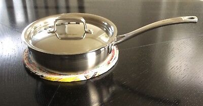 Le creuset 20 cms stainless steel non stick covered pan