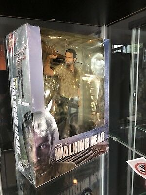 Never Opened RARE Brand New Walking Dead Rick Grimes 1/6 Scale Figure Piece