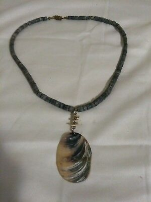 antique/vintage native american heishi shell necklace