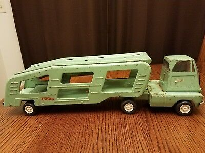Tonka Vintage Semi Truck Car Carrier Transport Green Pressed Steel 1960S