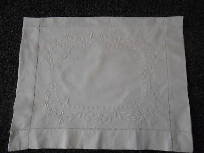 Beautiful Pure White Vintage Linen Whitework Embroidered Night Dress Case