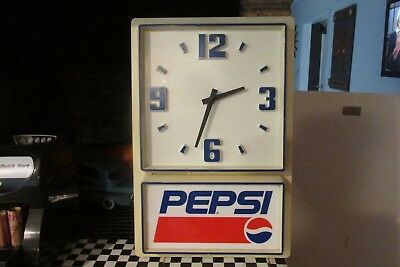 "Vtg Plastic Pepsi Battery Operated Clock Impact International 12X18"" Works Great"