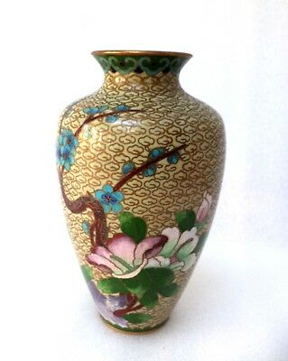 Beautiful  Chinese  Closoinne  Vase