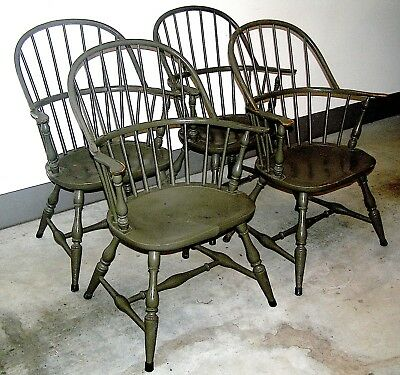 Antique Colonial Windsor back painted Set of Captain Chairs (4)  Local Pick Up