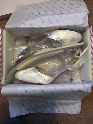 Gorgeous Rainbow Club Penny Ivory Satin Bridal Wedding Shoes.New in Box!Size 3-6