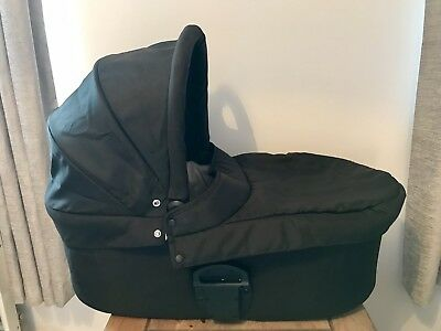 Mamas & Papas Carry Cot Black for Zoom/Urbo/Sola Prams Pushchairs