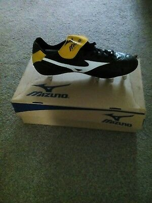 mens brand new rugby boots size 11