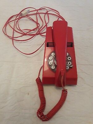 Retro Red Trim Phone Wild & Wolf