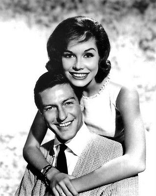 Actor DICK VAN DYKE SHOW Glossy 8x10 Photo Mary Tyler Moore Print Film Poster