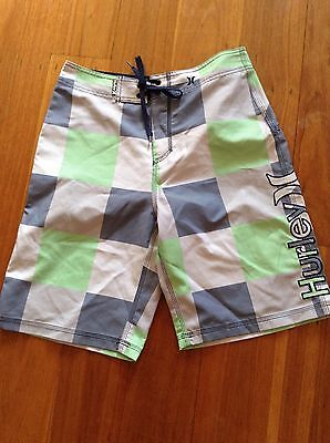 Hurley Mens size 30 boardshorts With Rear Zippered Pocket.