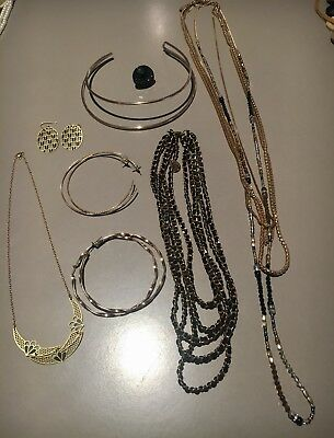 Mixed Lot Costume Jewellery Black/Gold Tones.