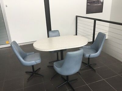 Retro - Dining Table And Chairs