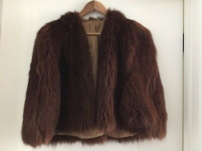 VINTAGE 1940s WALLABY BROWN FUR CAPE SZ S/M