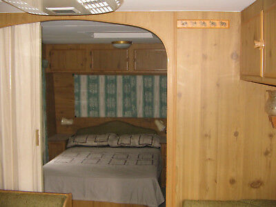caravan viscount 22ft shower toilet r/v air condi awning ,with anex solar panel