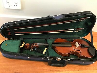 Violin, Gliga III 1/2 size outfit, in FPS case and 2 Bows