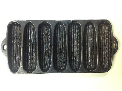Vintage CAST IRON CORN BREAD PAN Skillet Mold 7 Ears Muffin Baking - Made in USA
