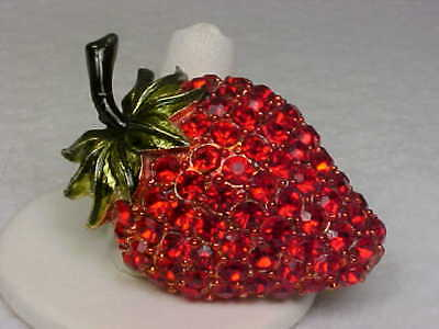 Vintage Goldtone & Enamel/Red Rhinestone Encrusted Strawberry Brooch