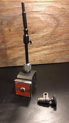 Starrett 657A Magnetic Base with Swivel Post Assembly