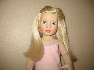 New Magic Attic Chloe Doll. Rare. Nice.