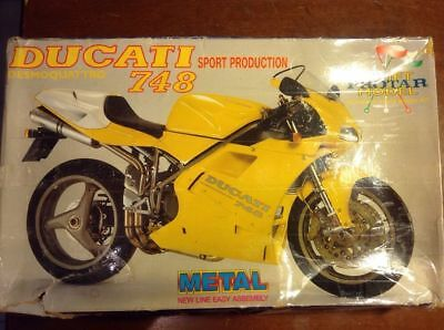 Rare old 1/9 PROTAR Ducati 748 motorcycle metal and plastic model kit